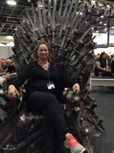 Me, mother of swords, Queen of food